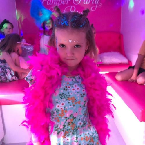 Pamper Party Bus Dressups