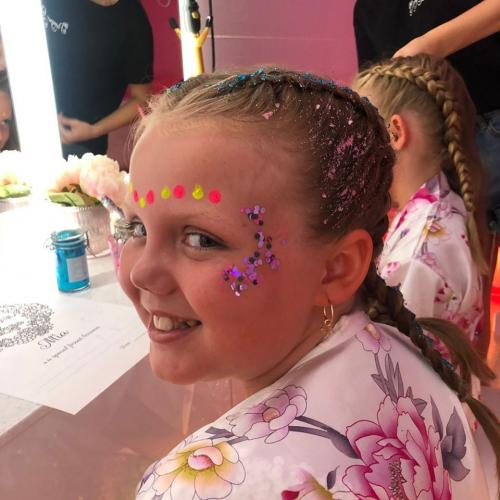Pamper Party Bus Hair & Face Glitter