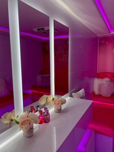 Pamper Party Bus Internal